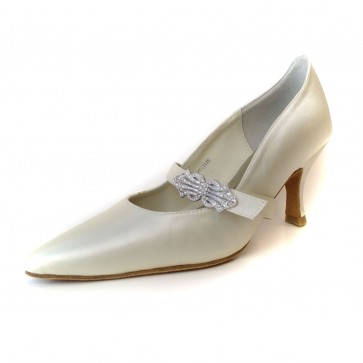 Virtue Ivory Pumps