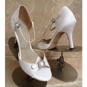Eternity high ivory silk pumps - non dyeable