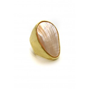 Mother of pearl large oval ring