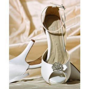 Starletta White Satin Luxe Pumps - dyeable