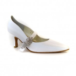Virtue White Pumps